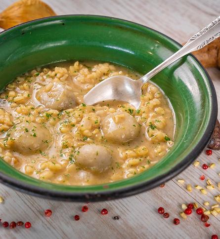 Sopa de trigo mote con milcao.jpg