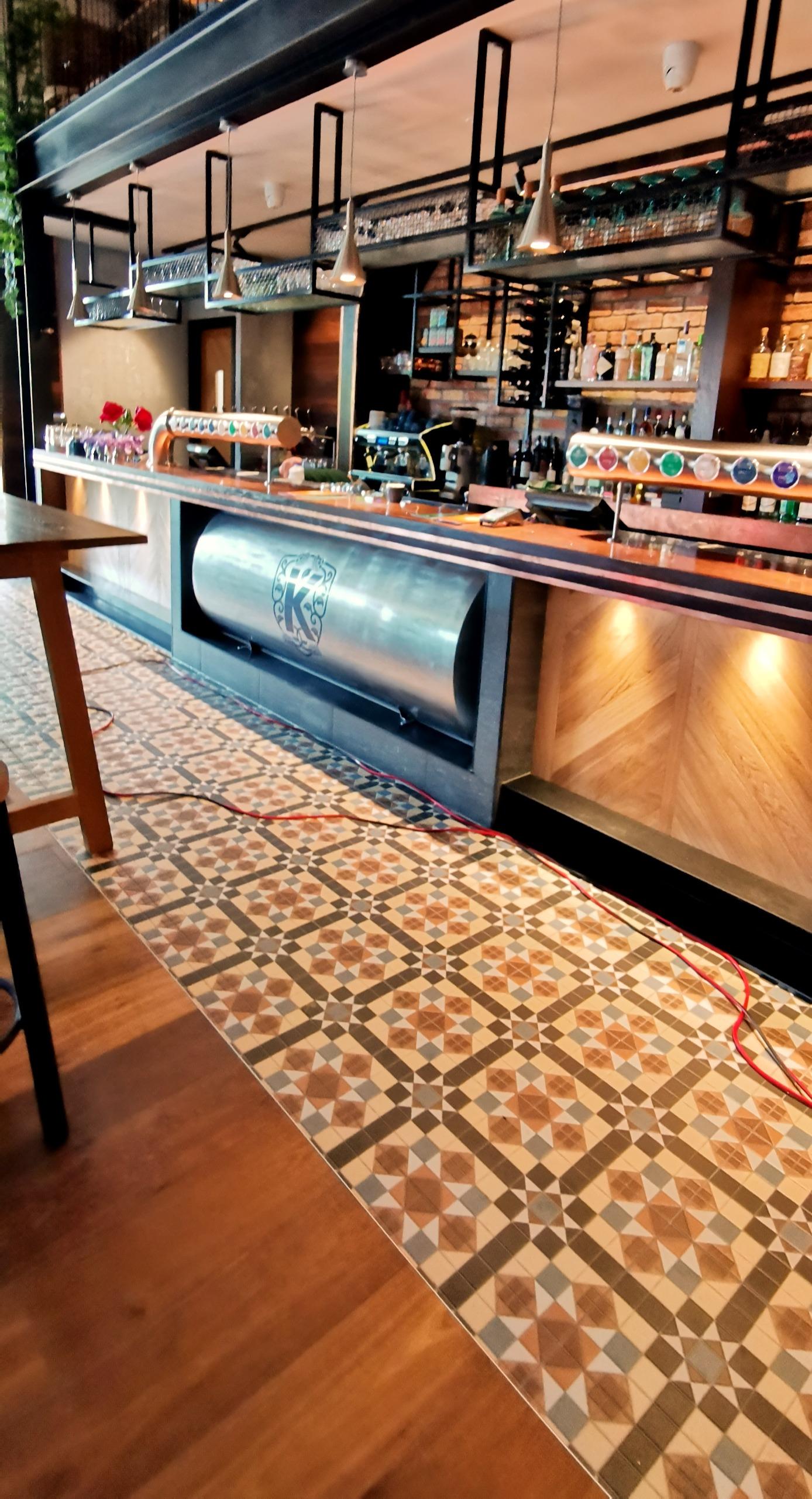 Kaiser Bar