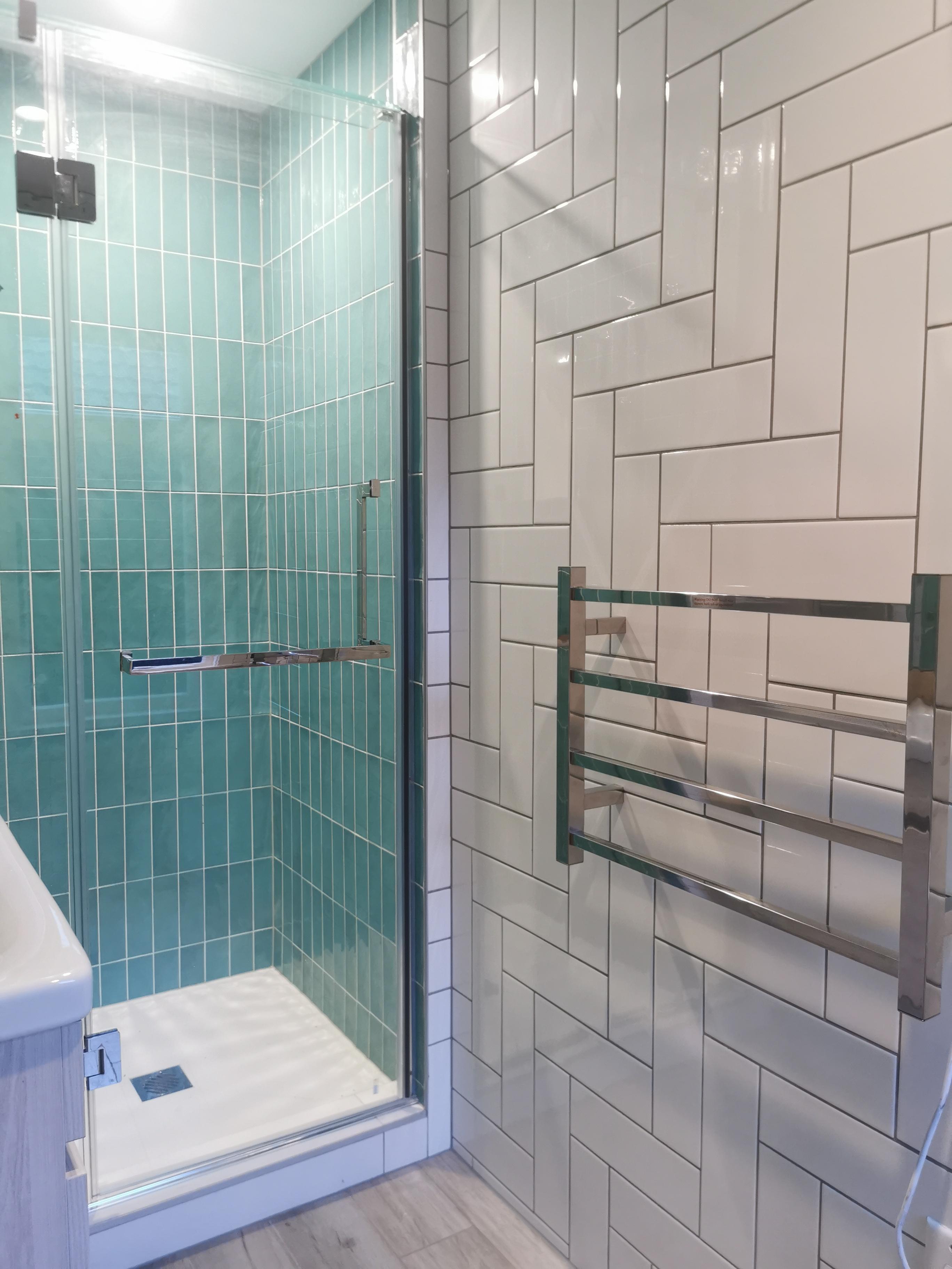 New Fashion Bathroom Tiling