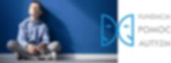 Logo Fundacji Pomoc Autyzm i siedzący chłopiec ze spektrum autyzmu
