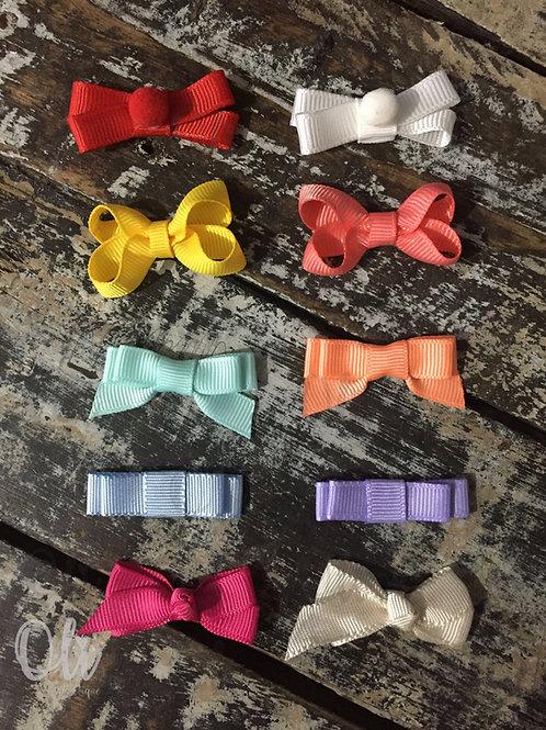 My first teeny tiny bow set • Meu primeiro kit de laço para colar