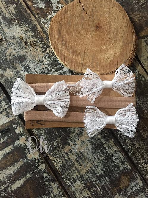 Lace bow • Laço renda