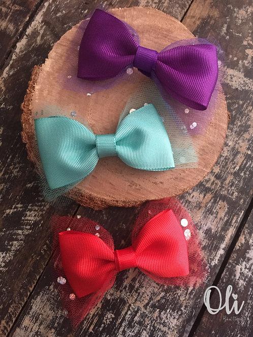 Lia bow with tulle •  Laço Lia com tule