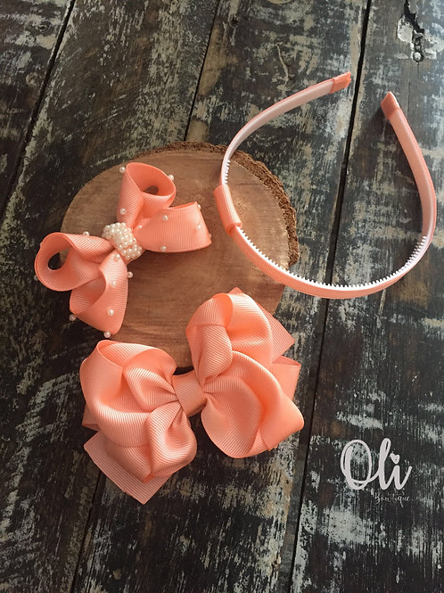 Beautiful bows and interchangeable headband set • Kit laços com tiara adaptável