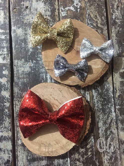Chucky glitter Lia bow • Laço Lia glitter