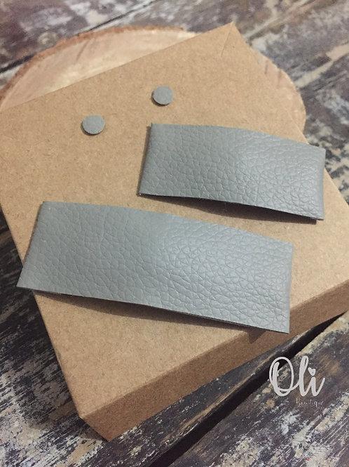 Leatherette snap clip and stud earrings set • Kit tictac e brincos de courinho