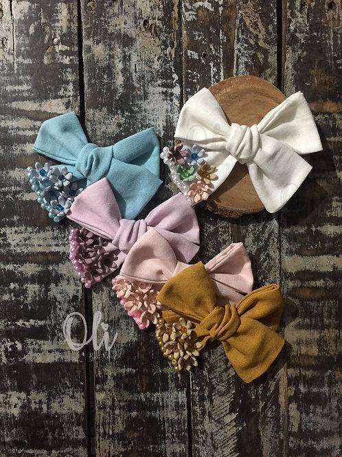 Embellished linen Emma bow • Laço Emma linho embelezado
