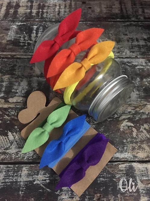 My first felt bow headband set • Meu primeiro kit de laços em feltro