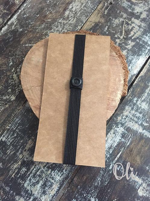 Interchangeable bow tie strap • Elástico adaptável para gravata