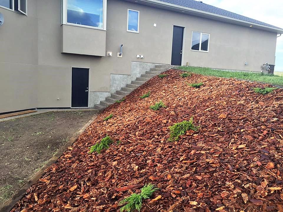 Acreage Landscaping