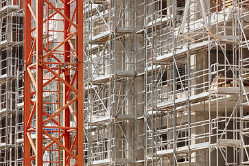 scaffolding-structure-on-a-building-cons