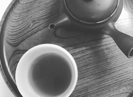 お茶を飲んで野菜嫌いを克服♪
