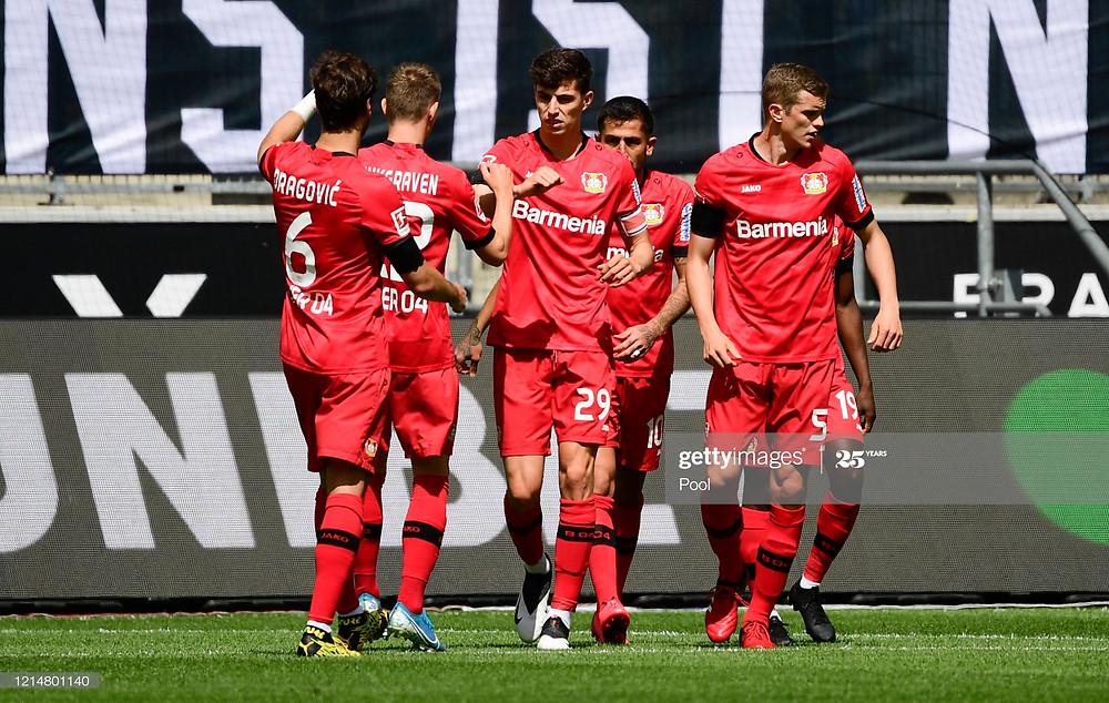 Vitória do Leverkusen contra o Mönchengladbach
