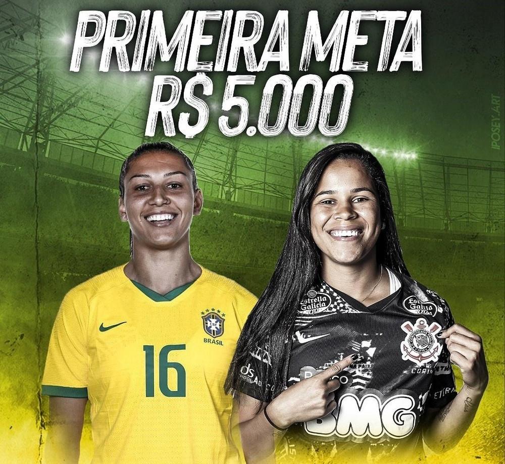 As primeiras camisas sorteadas foram das meias Bia Zaneratto (Palmeiras) e Victoria Albuquerque (Corinthians)