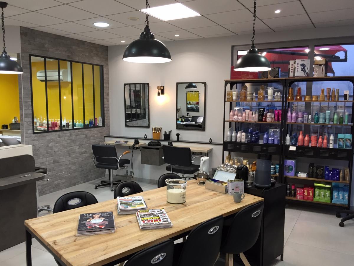 Salon de coiffure industriel