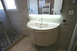 Meuble de salle de bain demi cercle