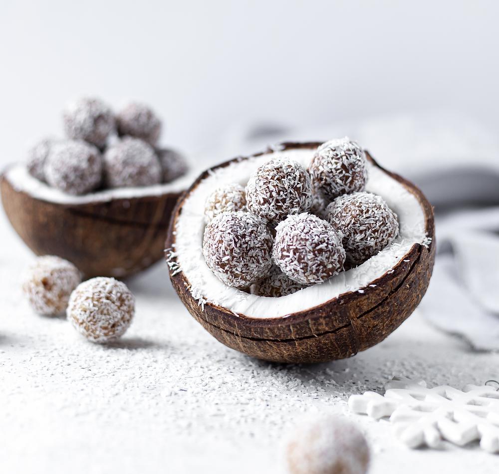 vegan protein peanutbutter chocolate energy balls