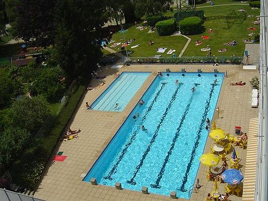 Ailes_piscine.jpg