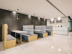 The Italian Showroom Meeting tables