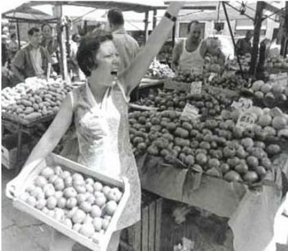 Rosa al mercato di San Lorenzo a Firenze