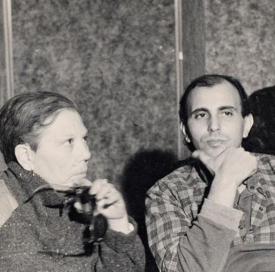 Rosa e Pippo Russo durante l'incisione d