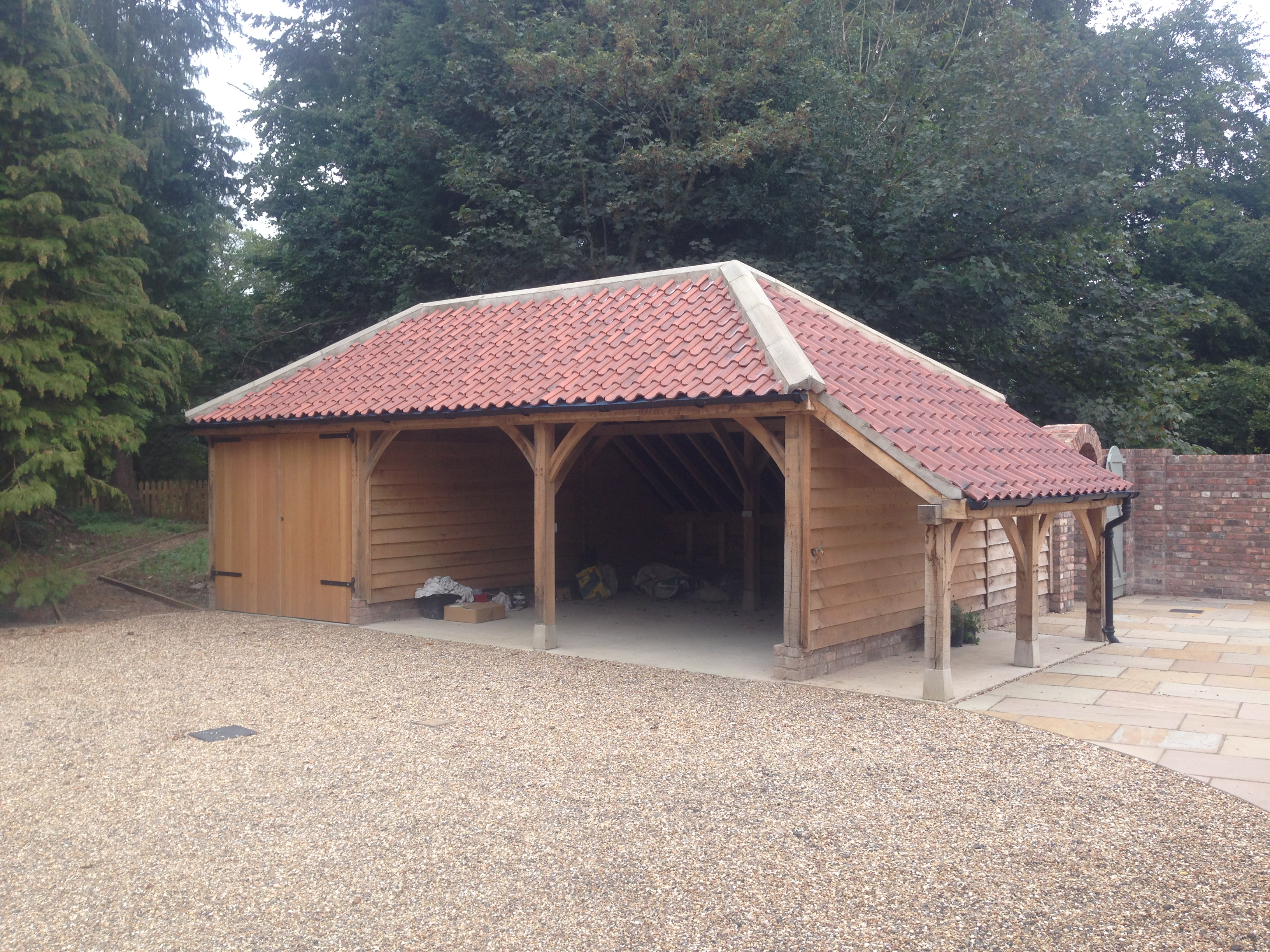Duna Cottage Oak Framed Garage and Logstore.JPG