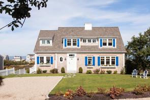 Blue-accent-window-shutters-1.jpg
