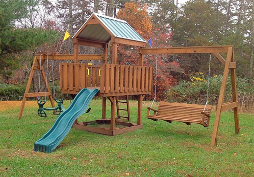 Family Fun 4 Deck Pre Owned