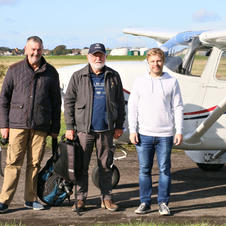 06233 LFA pilot member Mike Catterall ab