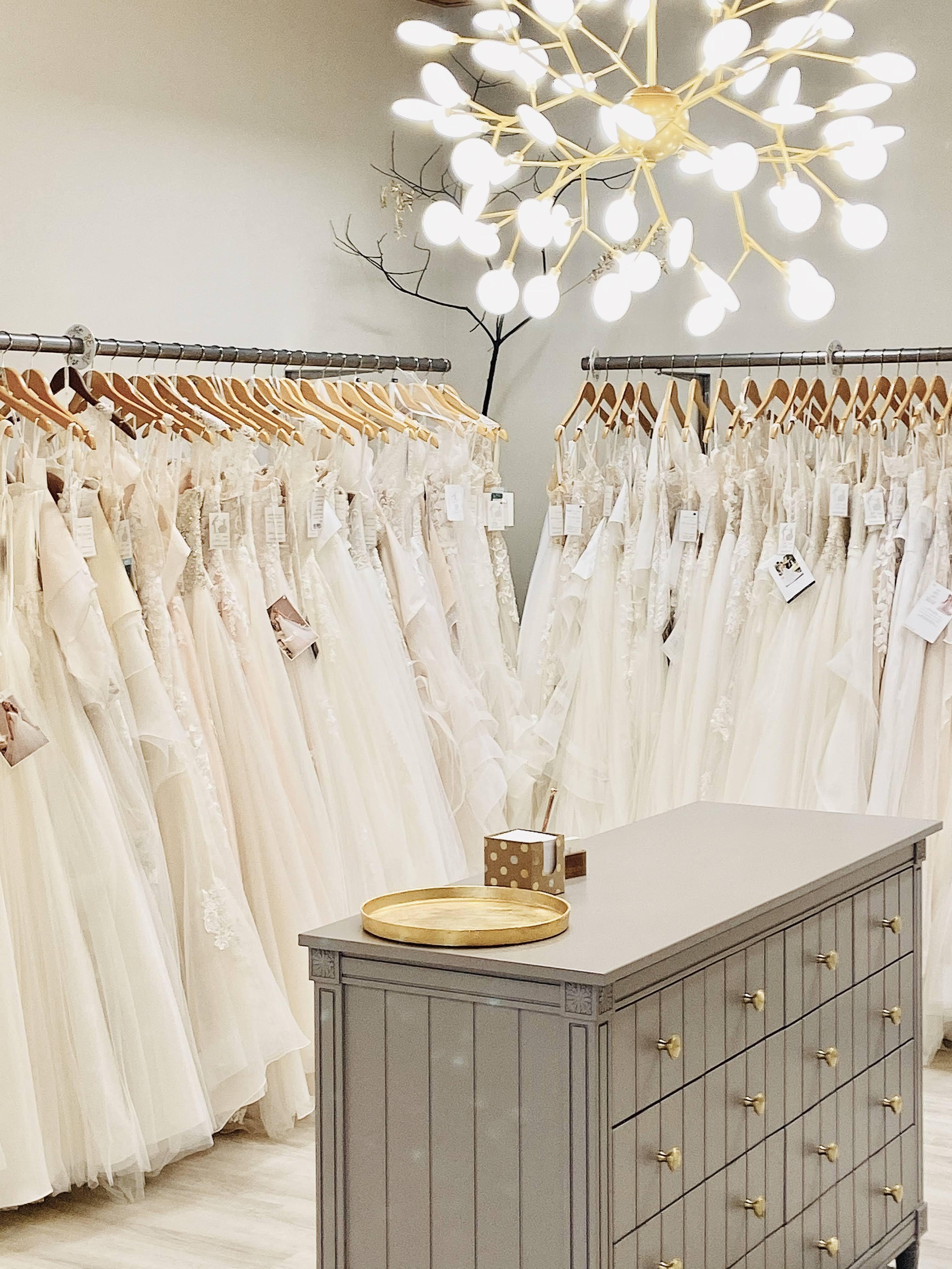 Moderne Hochzeitskleider Fulda