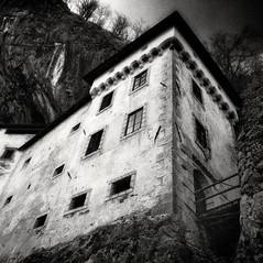 castle Höhlenburg Lueg 2