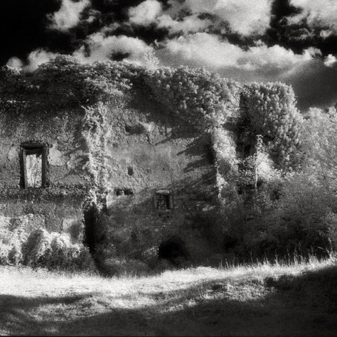 manor Galleneg 1