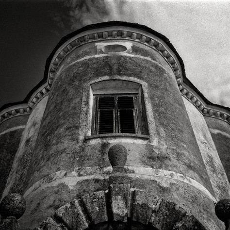 manor Ainöd - Devil's tower 4