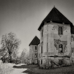 manor Stroblhoff 1