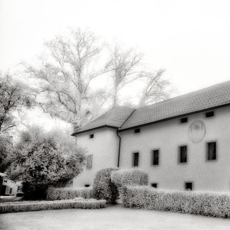 manor Tuffstein 1