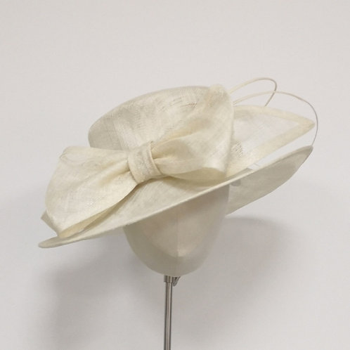 Cream Hat with Bow & Quills