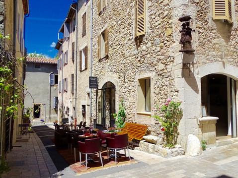 Terrasse du Rocher Demeure d'hôtes.jpg