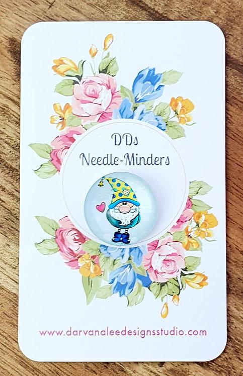 Needle Minder - Love Gnome