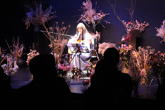 シアター2 青葉市子 ライブ2.JPG