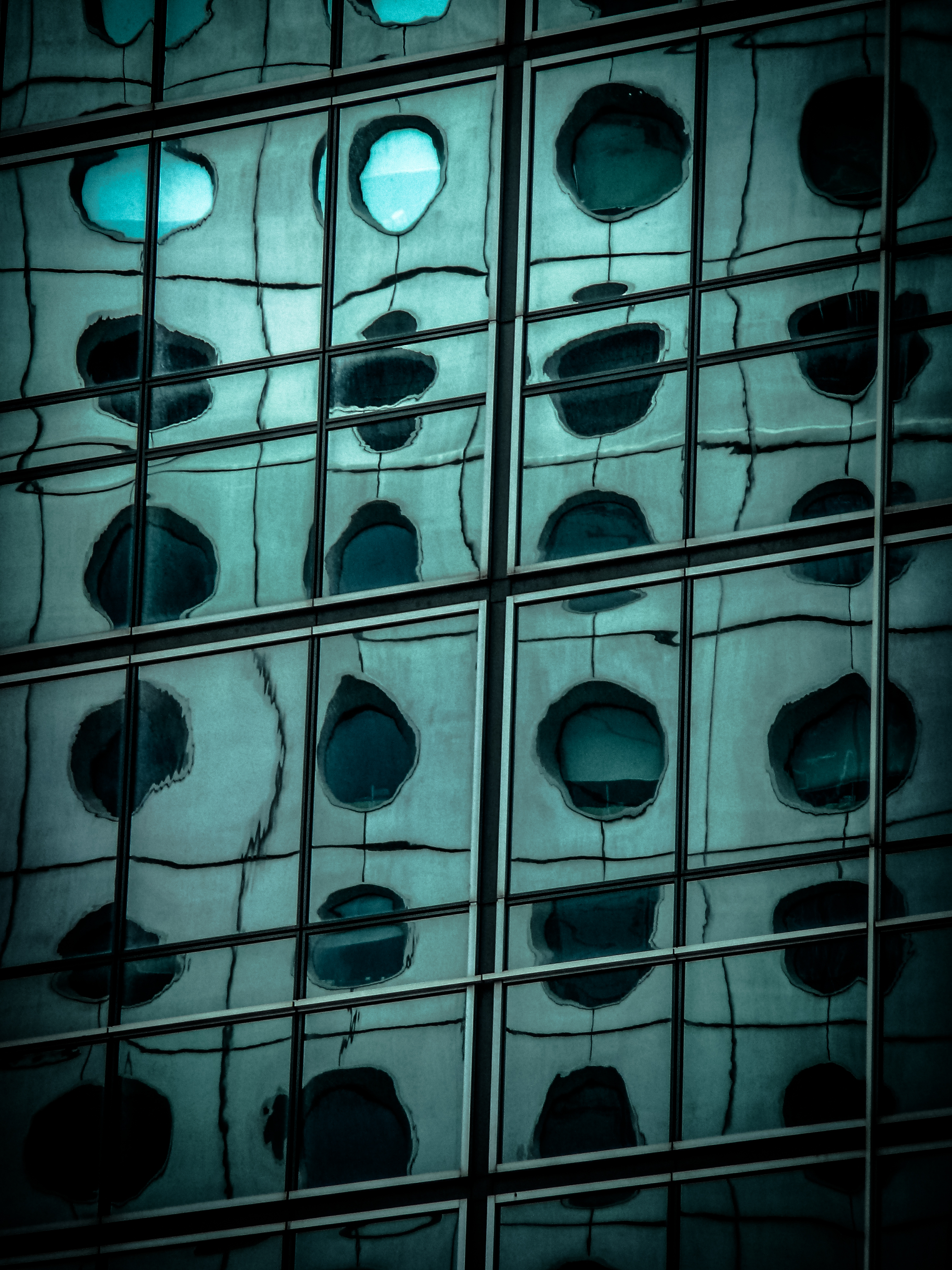 Jardine House Abstract
