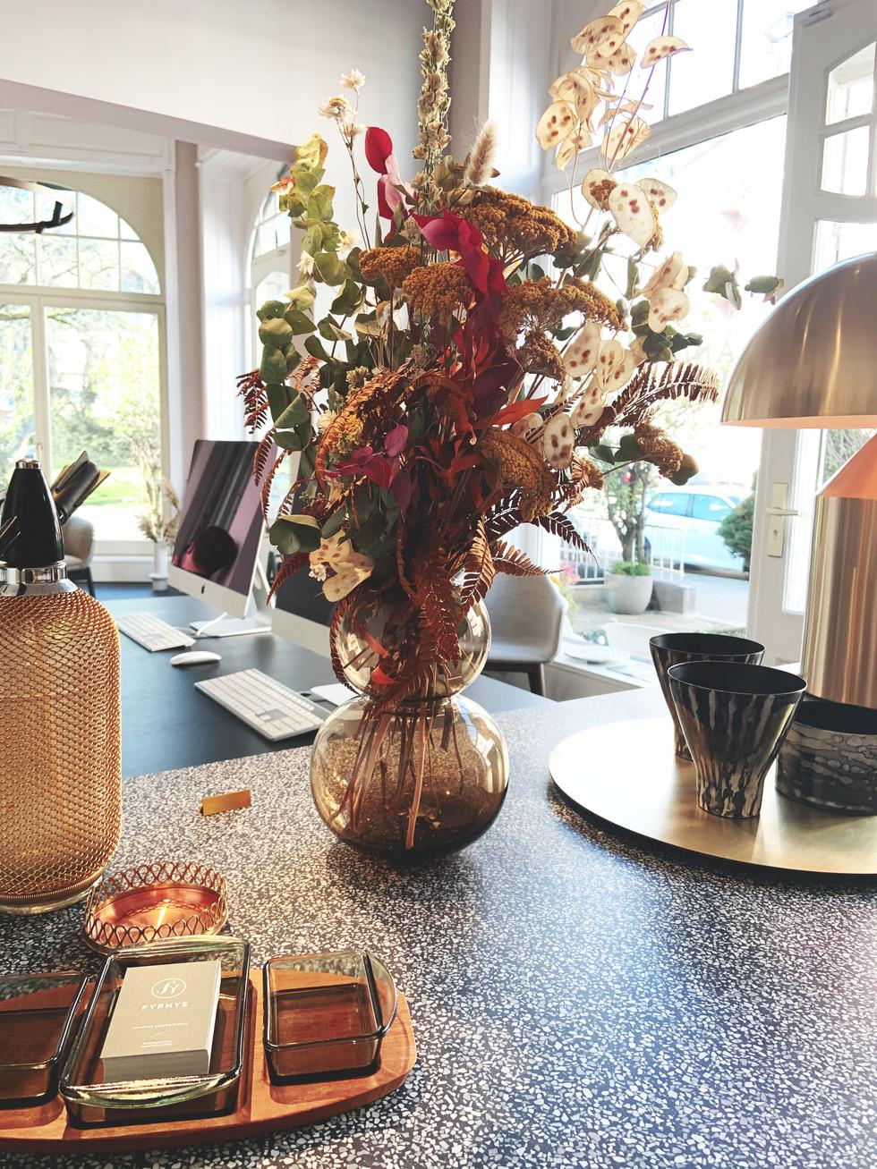 Blumenstrauß_Küchenblock2.jpg