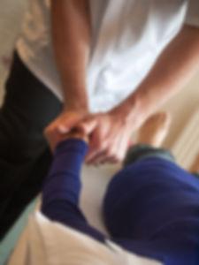 chiropractic-3516426_960_720.jpg