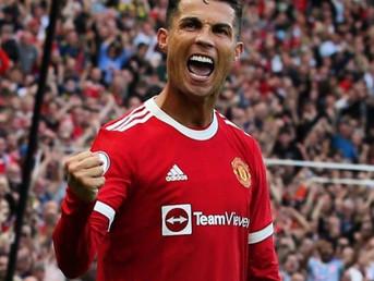 """Манчестер Јунајтед како во најдобрите денови: Њукасл испратен со """"покер"""", два гола за Роналдо! 🎥"""