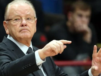 Тажни вести од Србија: Почина легендарниот тренер Душан Ивковиќ