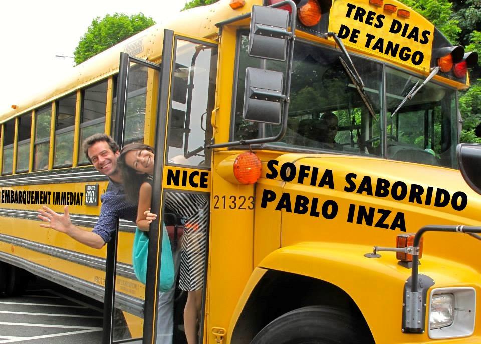 Sofia y Pablo bus1.jpg