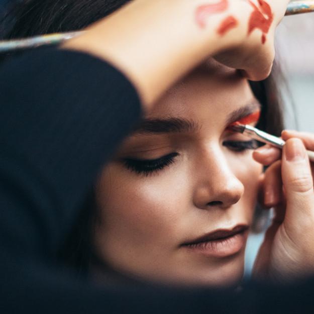 Customer Makeup Event