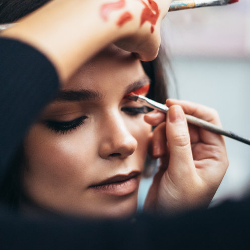 Online Level 2 Diploma in Make-Up