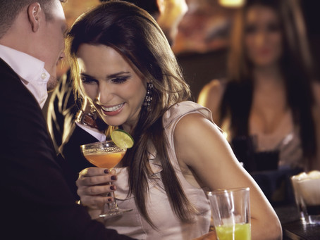 Is She Flirting with You? How to Tell If She's Interested.