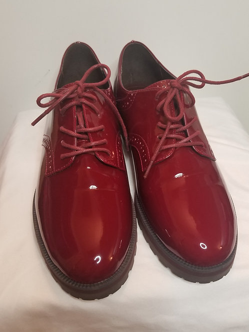 Nine West red patent leather loafer sz 12