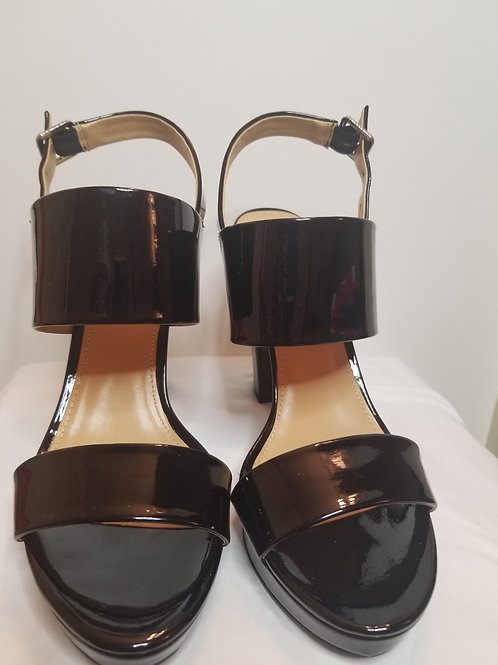 Black patent leather strappy sandal by Report sz 11